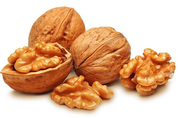 вред от грецких орехов для организма