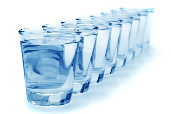 помощь воды в наборе мышечной массы