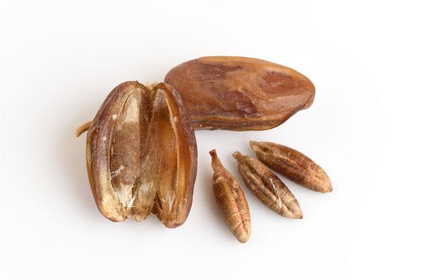 полезные свойства и противопоказания сушеных фиников