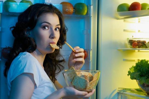 вредно ли кушать вечером