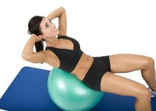Лучшие упражнения с мячом для фитнеса для похудения