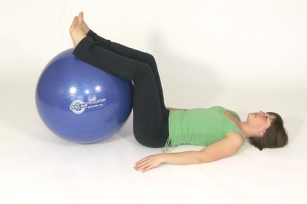лучшие упражнения для похудения с мячом для фитнеса