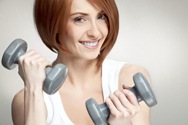 какие есть упражнения с гантелями для девушек
